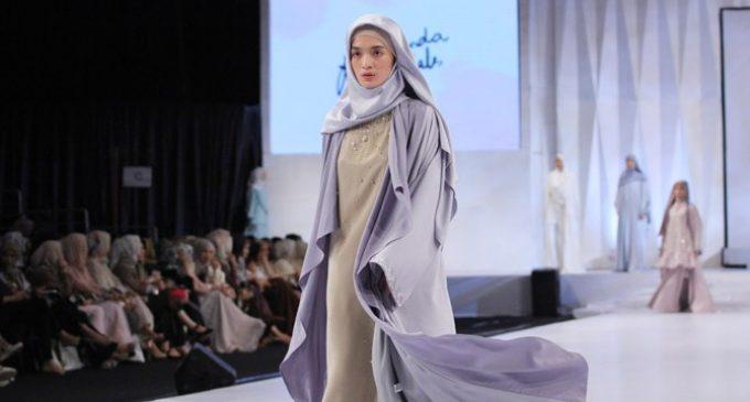 Ria Miranda Perdana Hadirkan Koleksi Abaya
