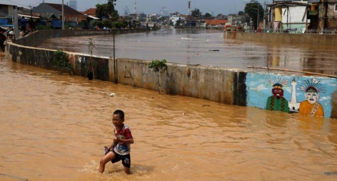 Banjir dan Tanah Longsor di Jabodetabek: Dua Korban Meninggal, Ribuan Dievakuasi di Jakarta