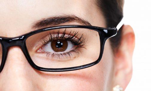 10 Latihan Sederhana yang Bisa Kurangi Mata Minus