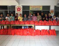 Yayasan Hakka Meta Sarana Lampung Berbagi Kebahagiaan Imlek 2018 dengan Keluarga Kurang Mampu di Sekitar Gedung Yayasan