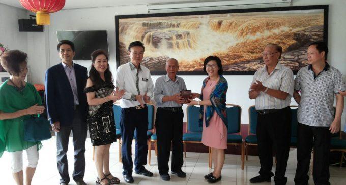 中国厦门市归国华侨联合会代表团 访万隆闽南公会