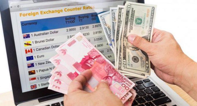 S&P Peringatkan Rupiah Bisa Melemah ke 15.000 Per Dollar AS