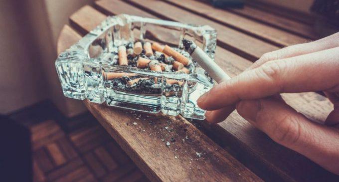 Kecanduan Rokok, Rohayani Tuntut Djarum dan Gudang Garam